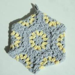 Grey & Yellow Potholder